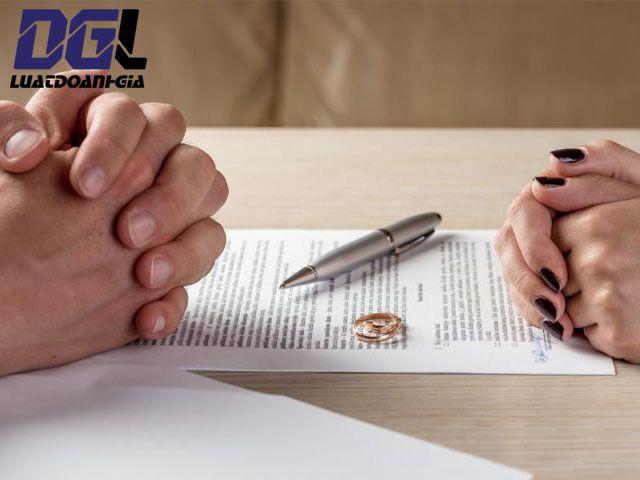 Quyền và nghĩa vụ đối với tài sản riêng của vợ chồng
