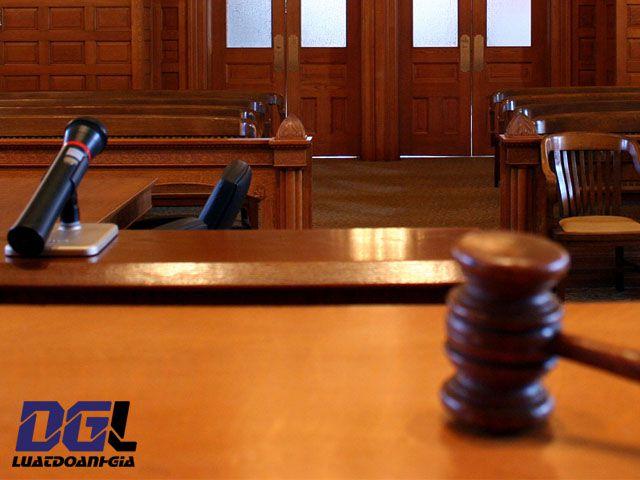 Khoản 1 Điều 324 Bộ luật Hình sự -0904779997