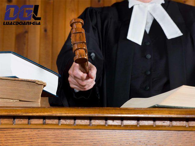 Khoản 2 Điều 324 Bộ luật Hình sự - 0904779997